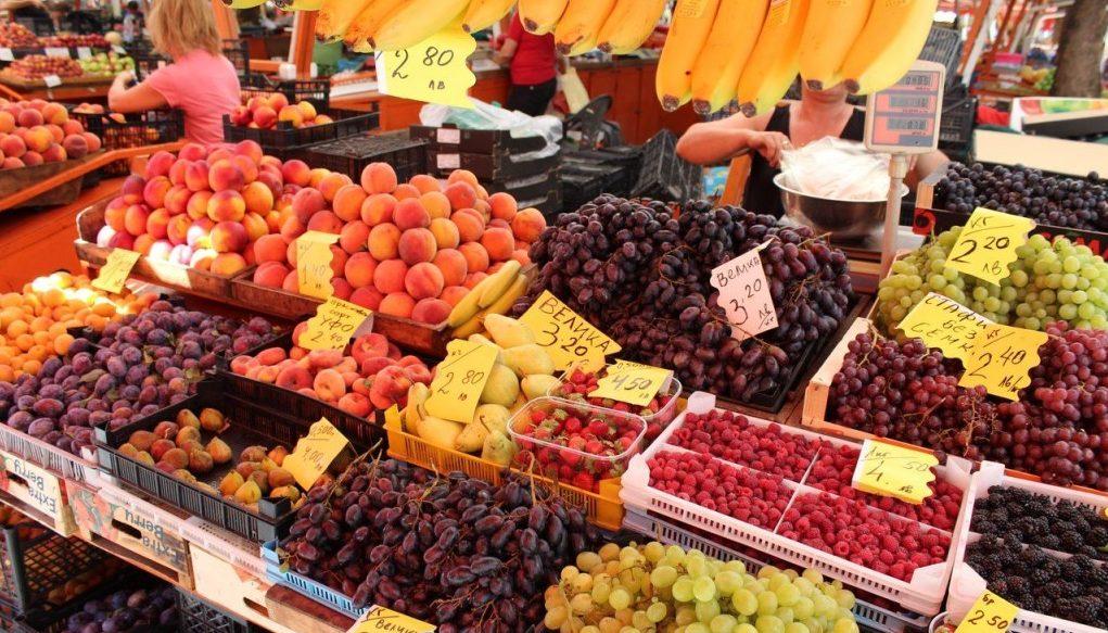 Болгария - фрукты, овощи. Рынок.