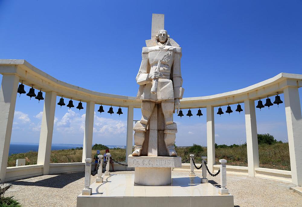 Болгария, мыс Калиакра, памятник Ушакову.