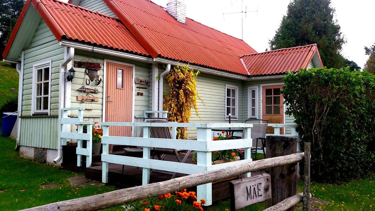 Дом в эстонской деревне.