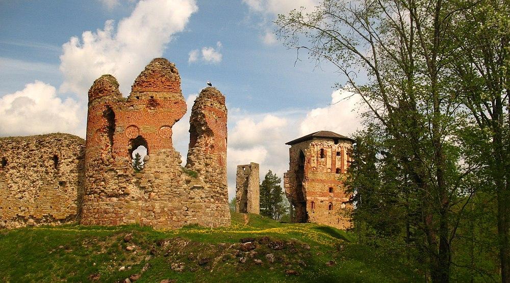Епископский замок Вастселийна