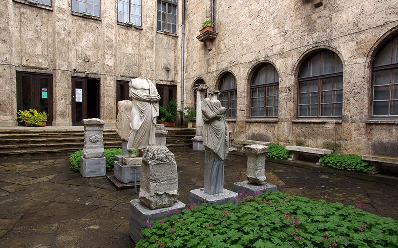 Археологический музей в Велико Тырново