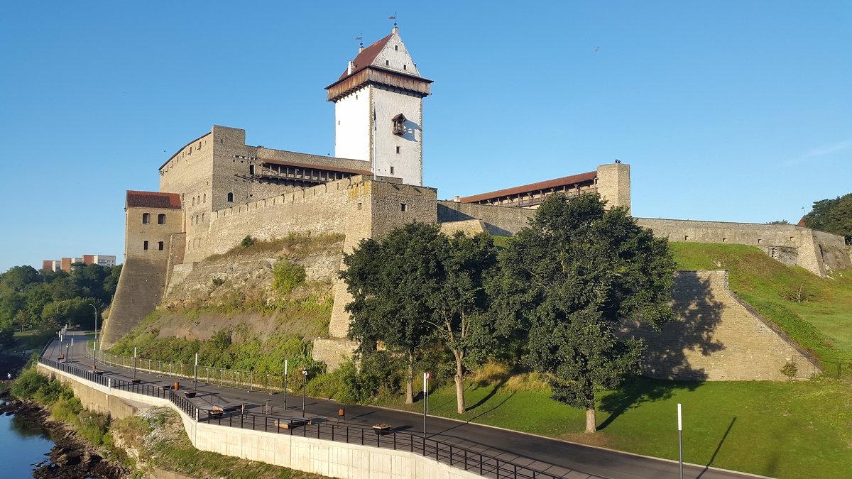 Нарвская крепость.