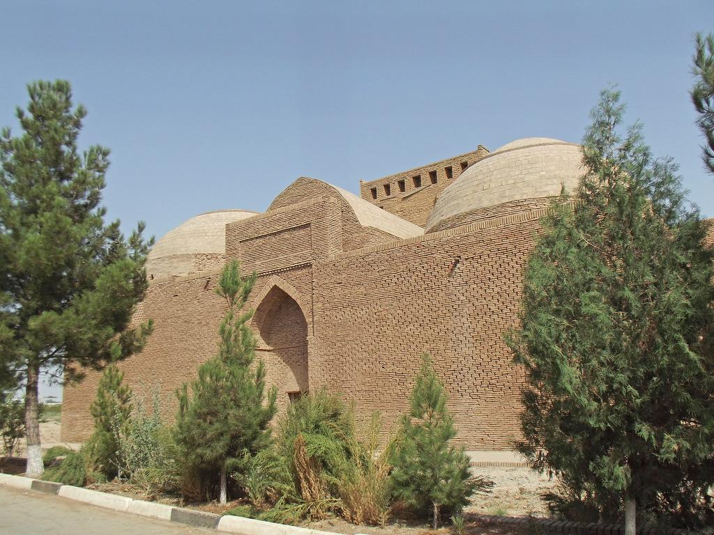 Мемориальный комплекс Султан Саодат