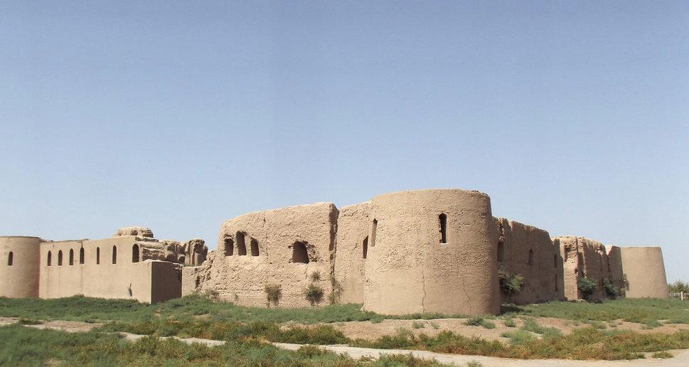 Крепость Кырк-Кыз (сорок девушек)