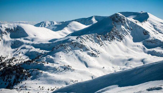 Горнолыжный курорт Добриниште. Ски-пассы сезона 2019 года, трассы, подъемники, инфраструктура
