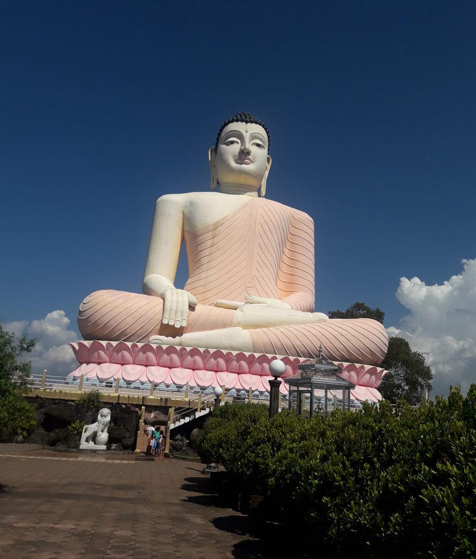 Будда в Бентоте.