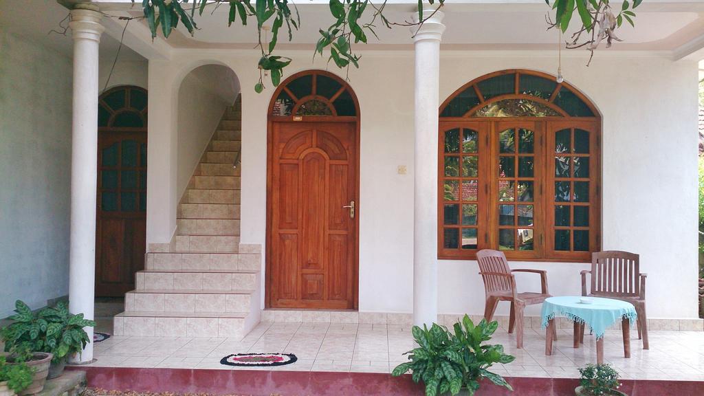Гостевой дом Aayu's Guest.