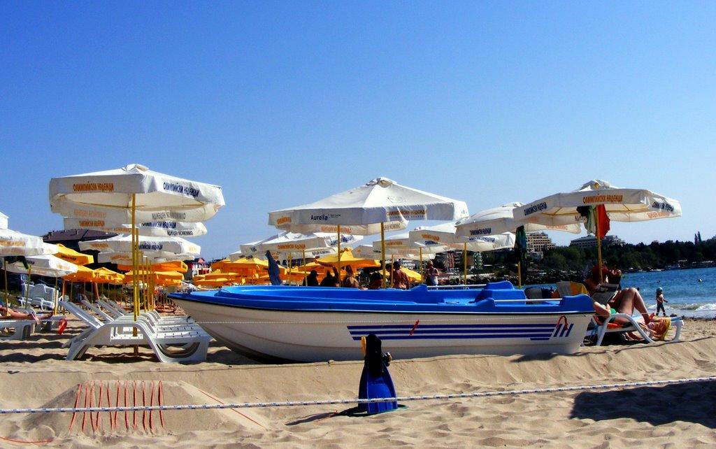 Курорт Равда известен песчаным пляжем.