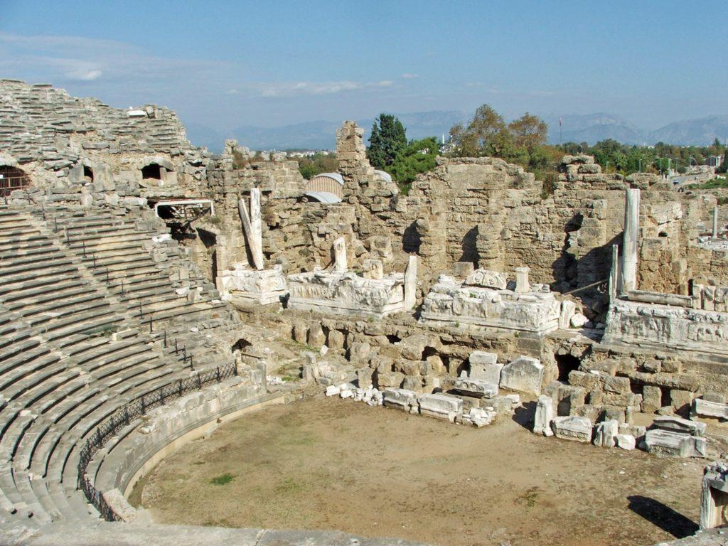 античный театр Сиде