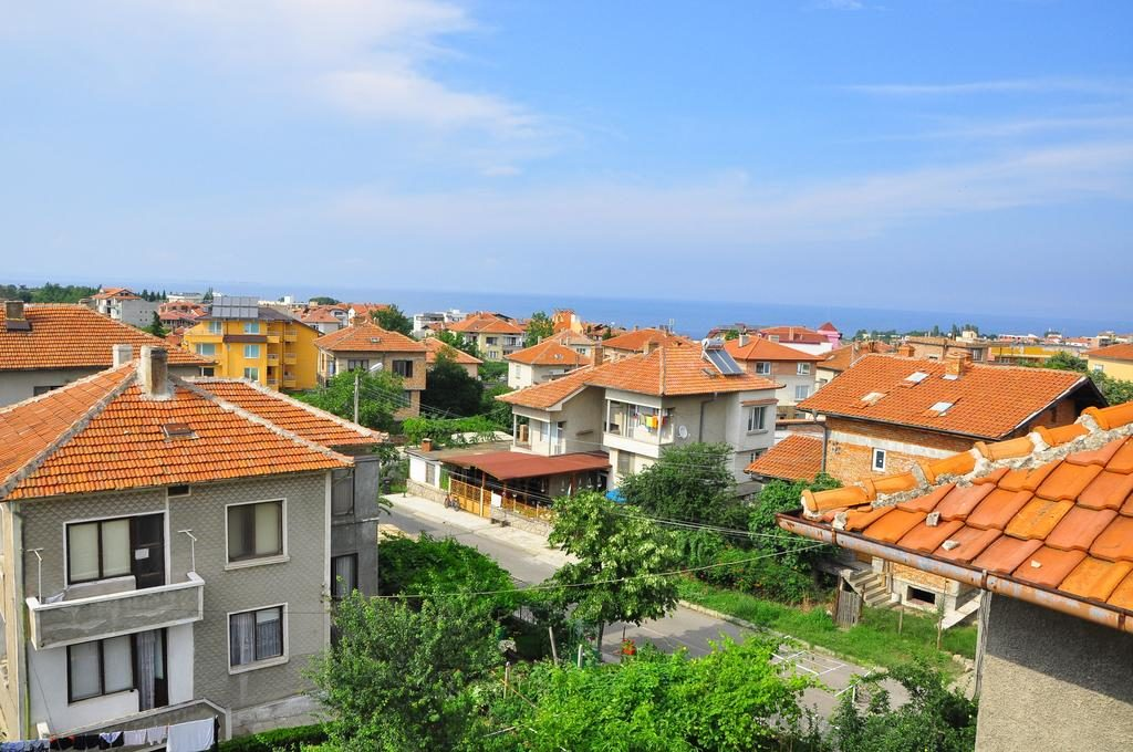 вид города Черноморец