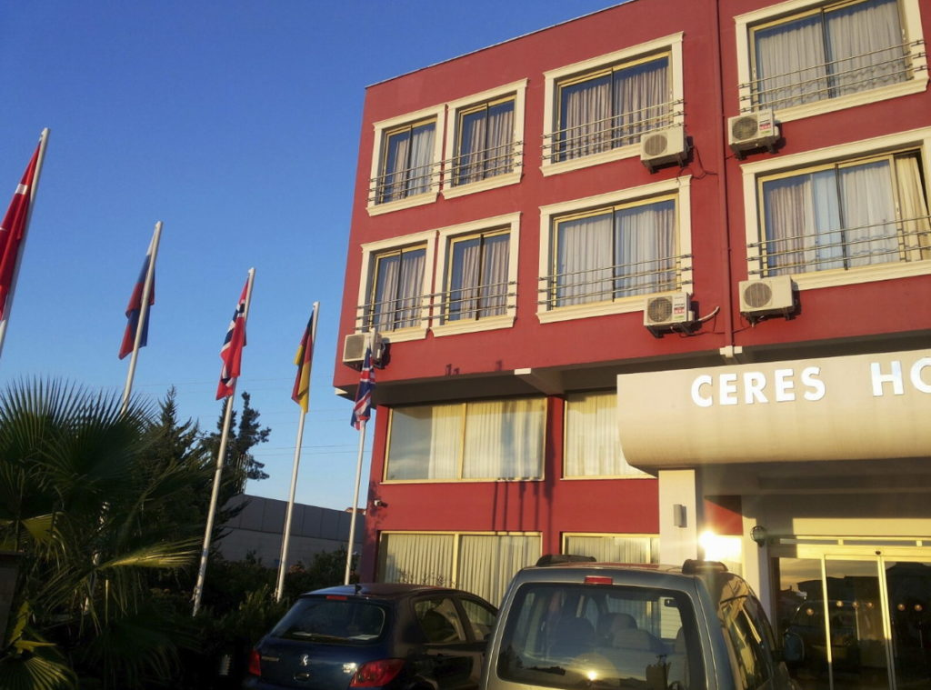 Ceres Hotel 3*