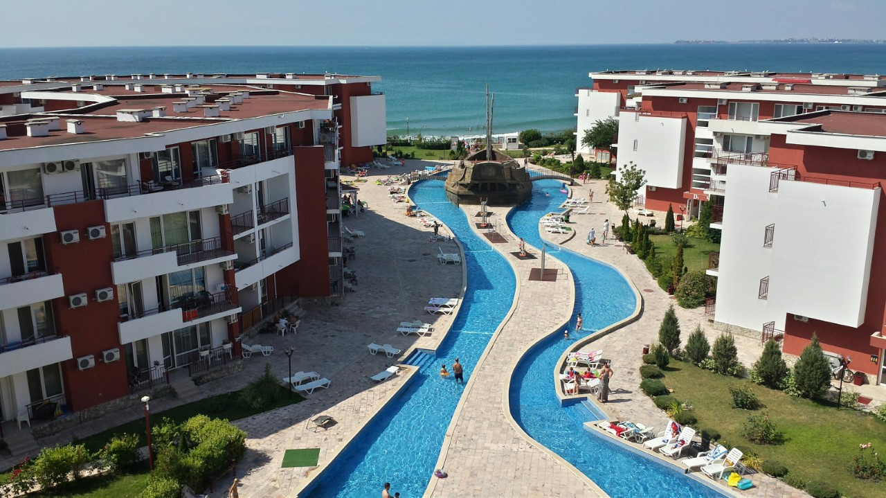 Отель Privilege Fort Beach Apartments
