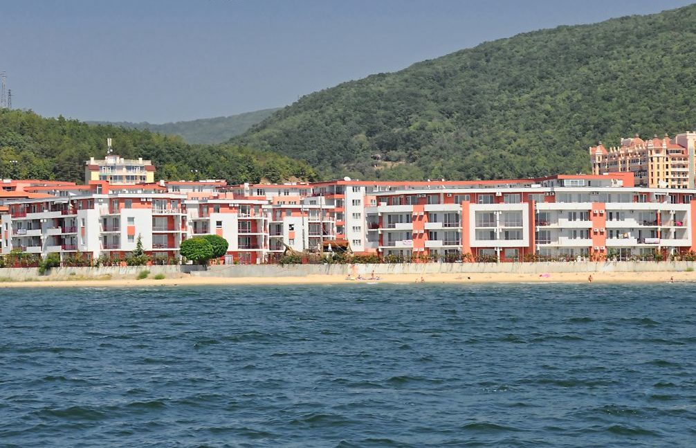 Апарт-отель Privillege Fort Noks Beach Apartments
