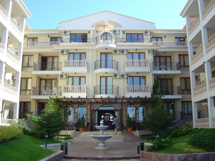 Отель Royal Bay Residence