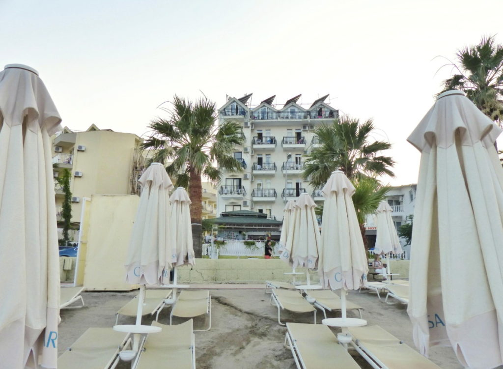 B&B Yuzbasi Beach отель