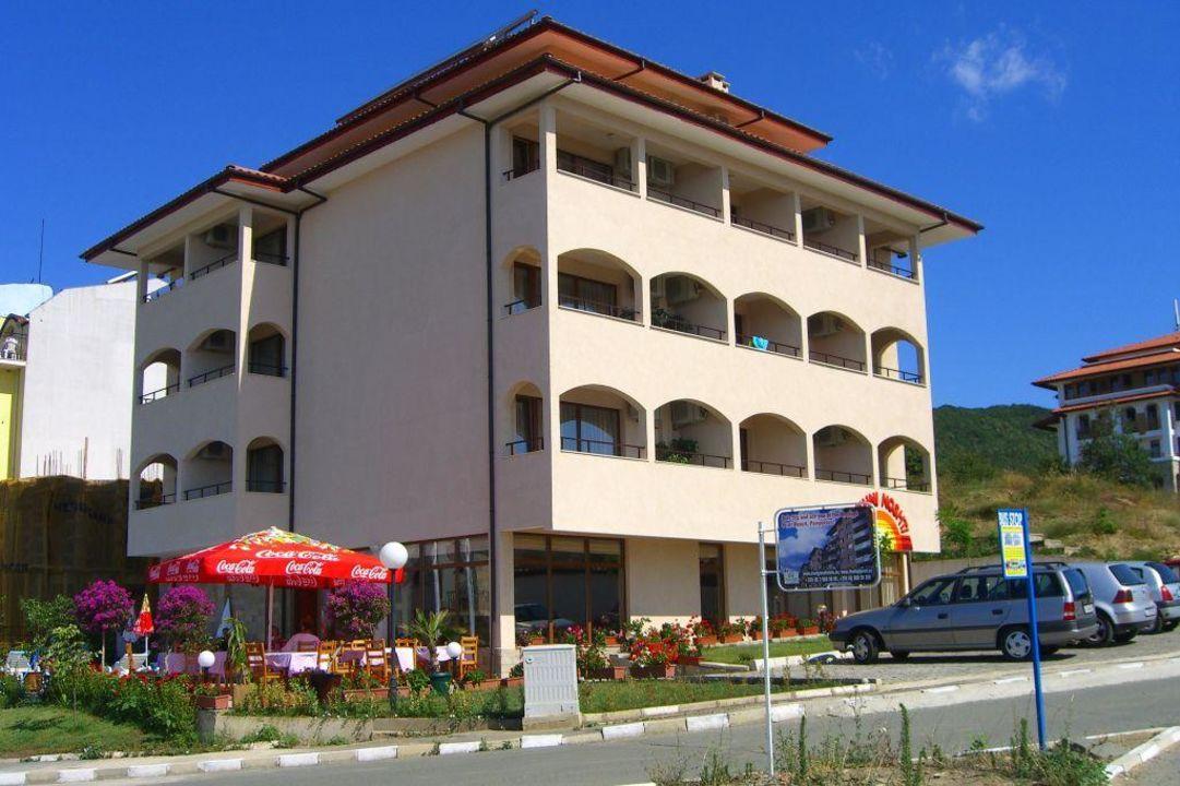 Отель Yuzhni Noshti