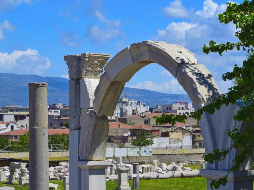 Агора Смирны (Измира)