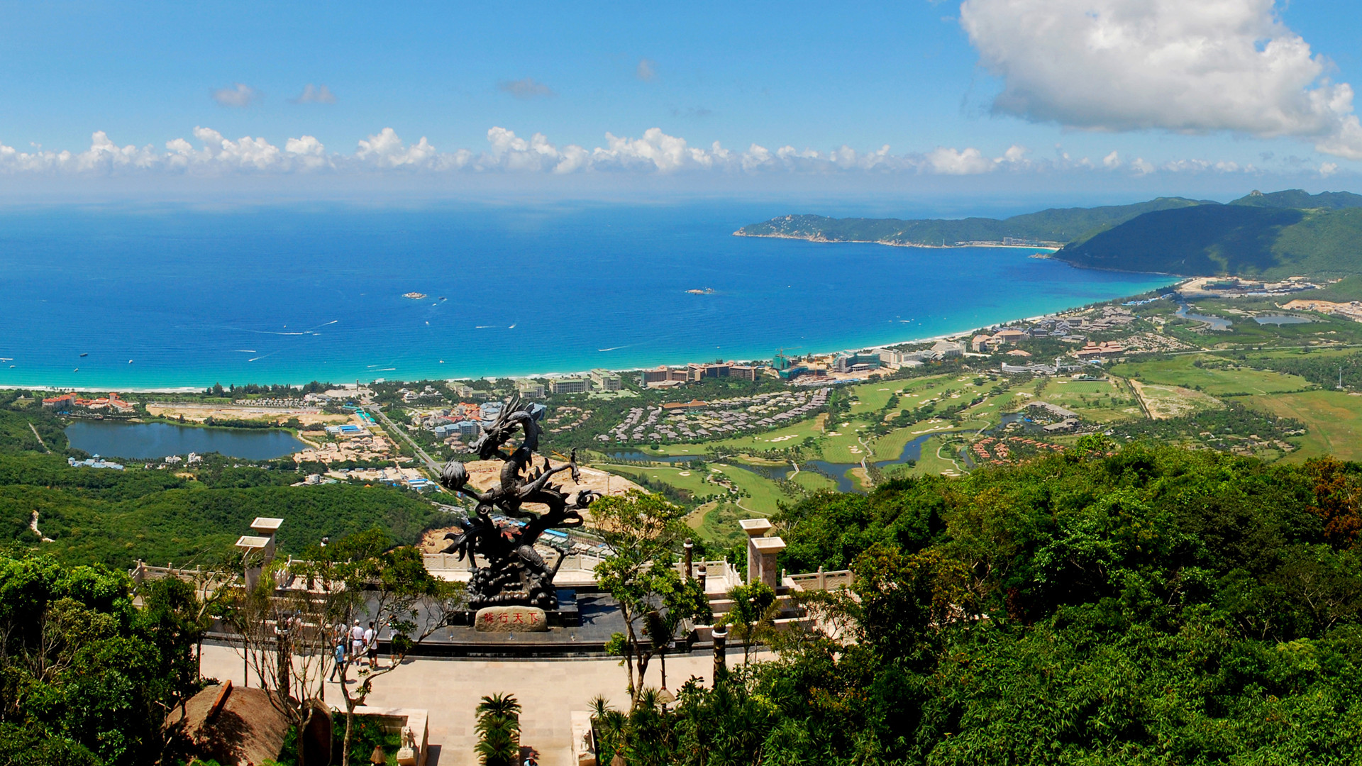 Краткий обзор курортов острова Хайнань