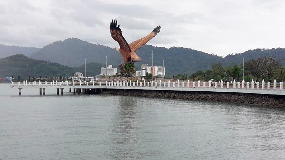 Памятник орлу в Куахе