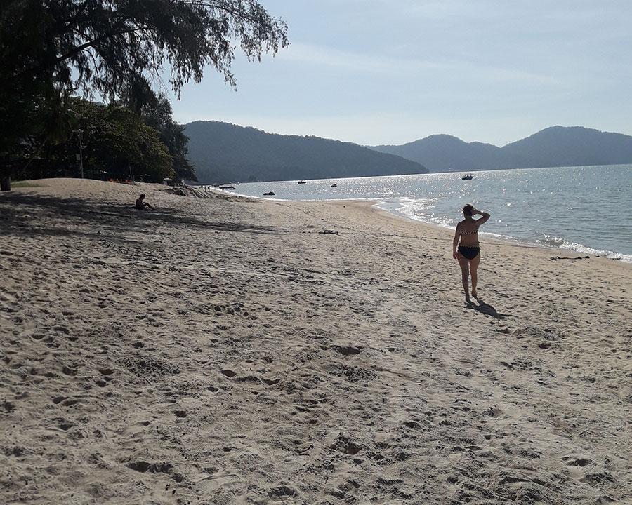 Пляж Бату