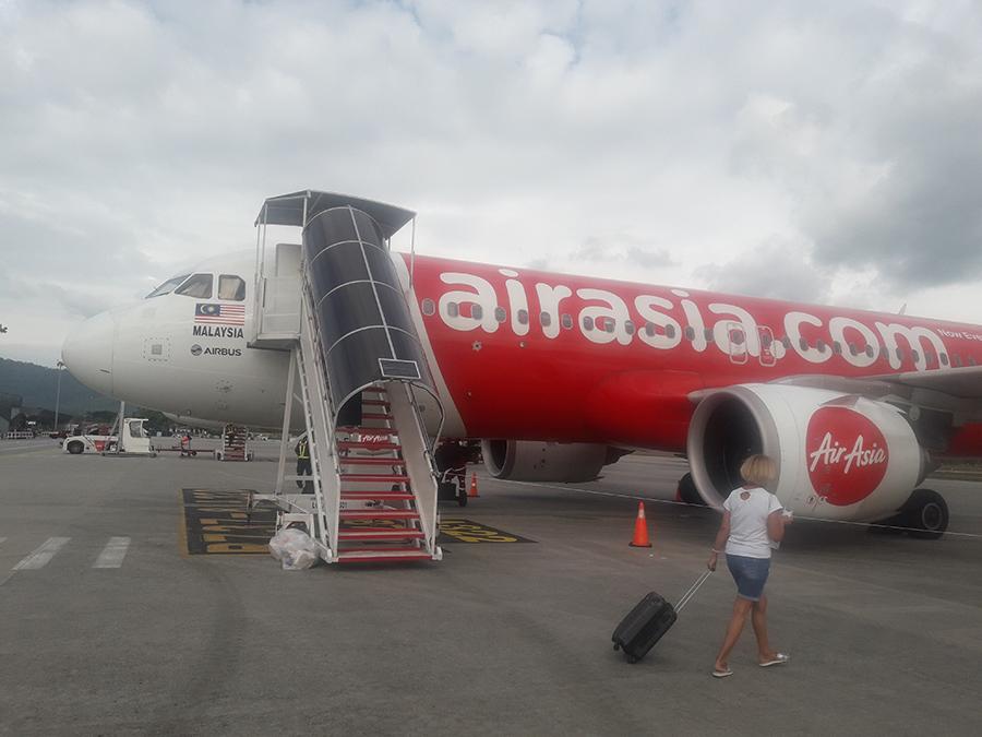 Самолет компании Air Asia