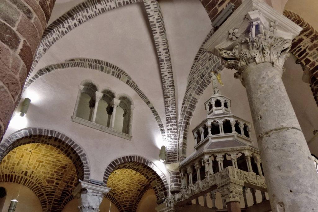 Котор собор святого Трифона