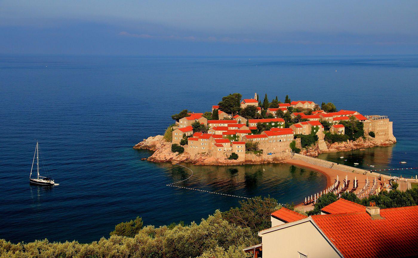 Свети-Стефан – элитный курорт на Адриатике
