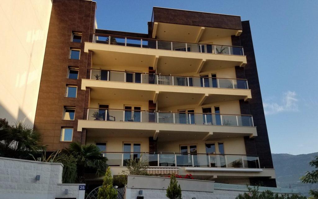 Apartments Villa M Palace