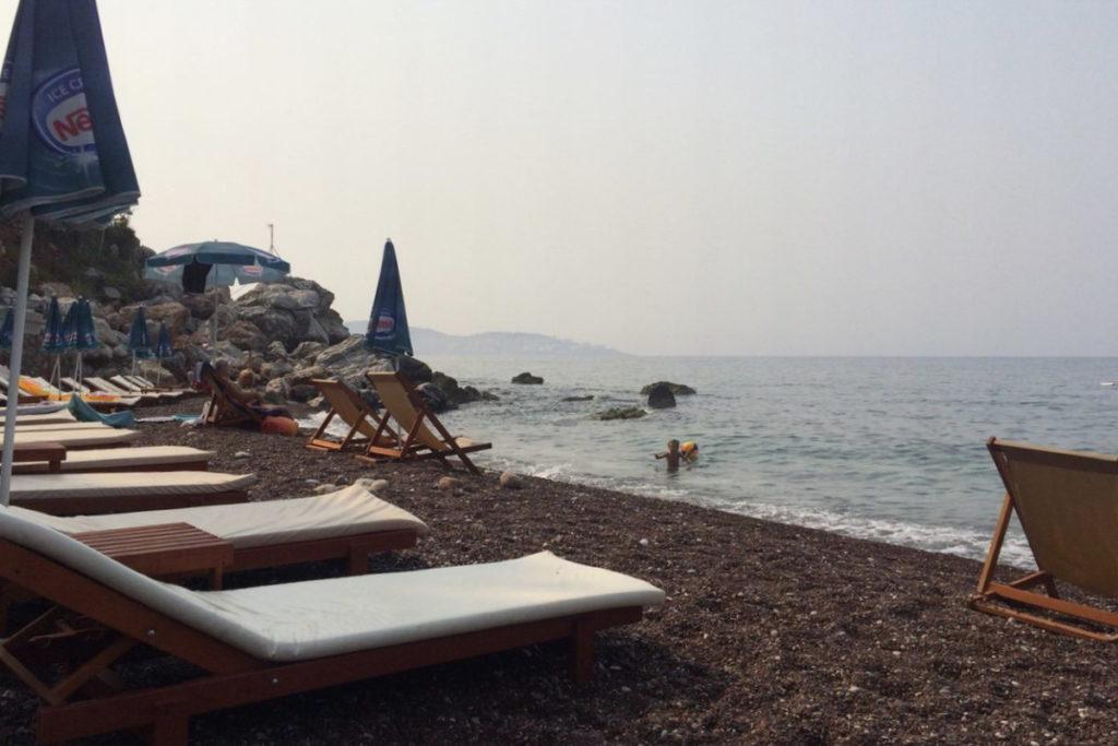красный пляж община Бар