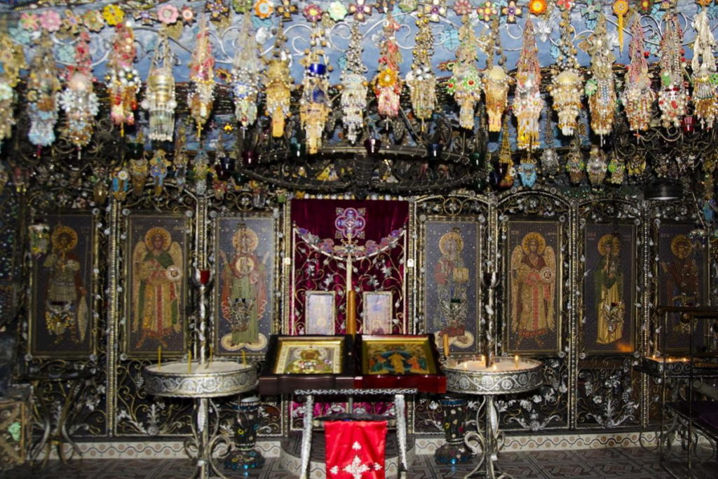 Бисерный храм