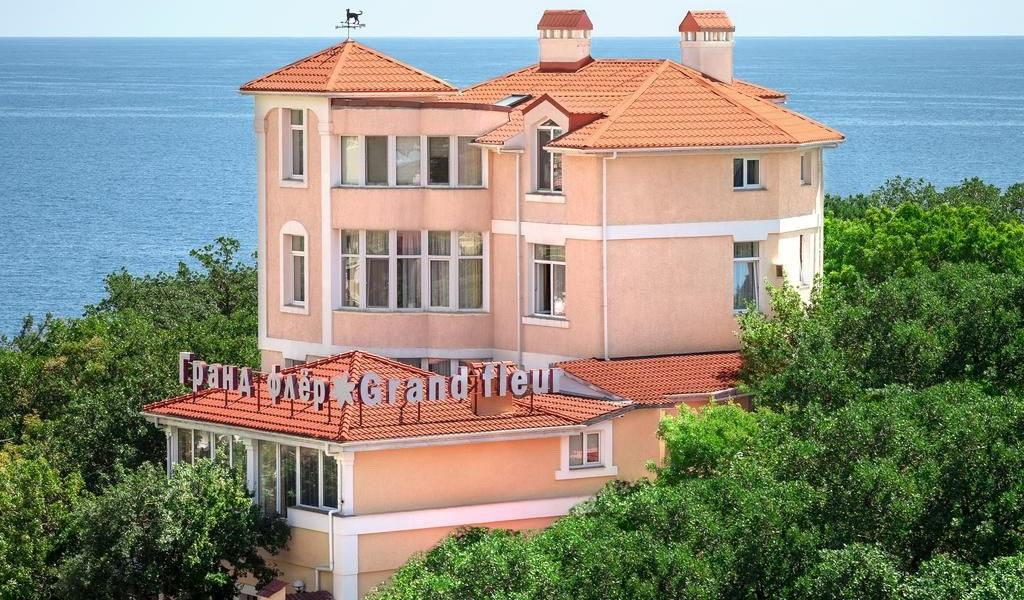 отель Гранд Флер