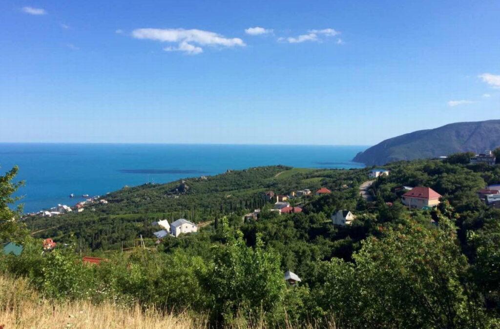 Малый маяк Крым