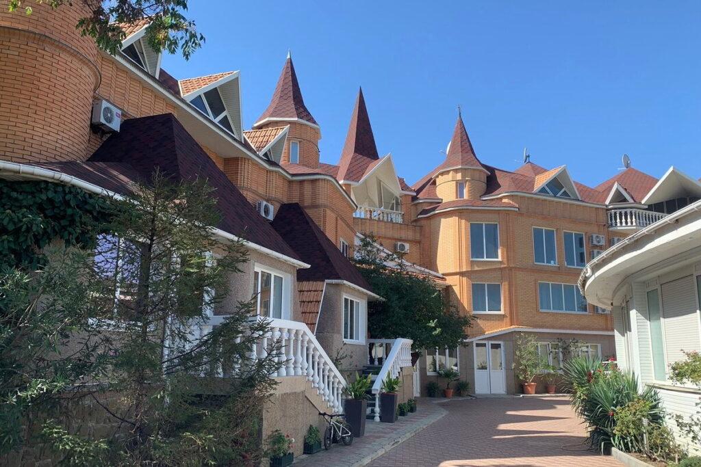Hotel Priboy
