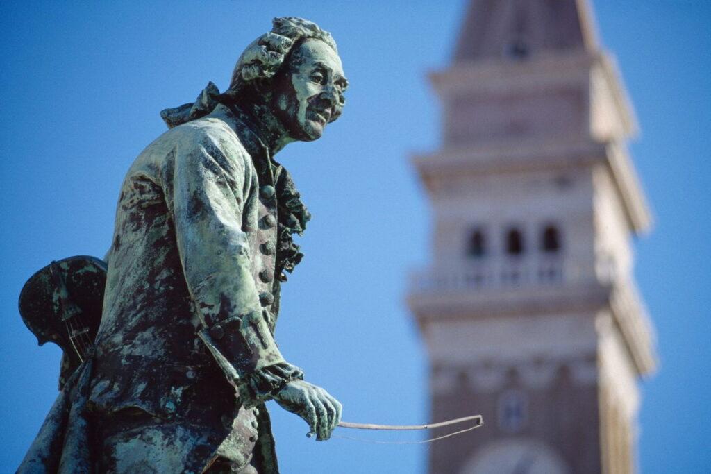 памятник Джузеппе Тартини