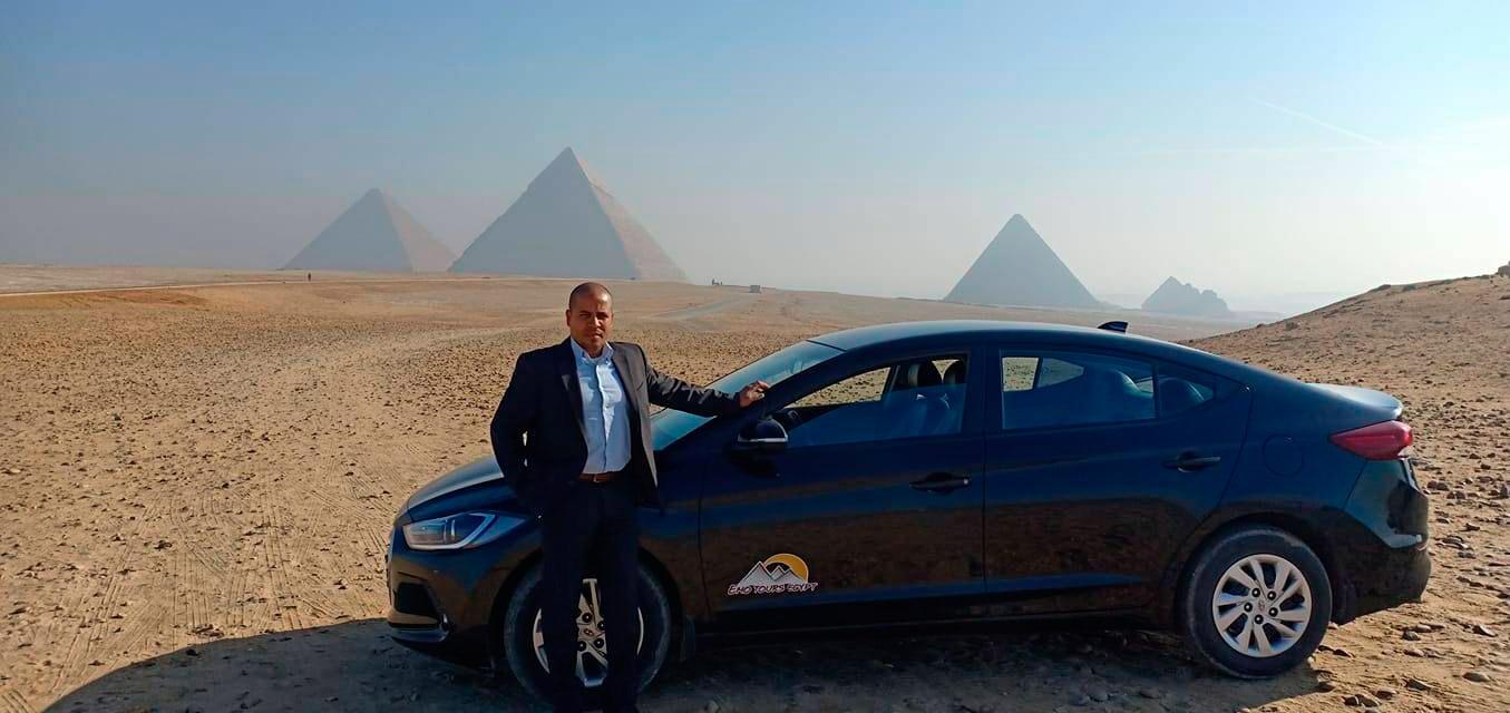 Пирамиды и машина